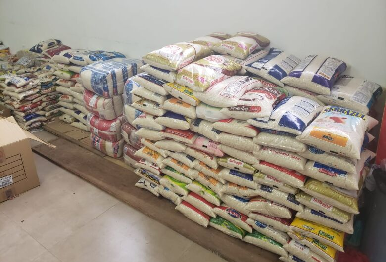 """""""Juntos Somos Mais Fortes"""" arrecada mais 5,6 toneladas de alimentos e produtos de higiene"""