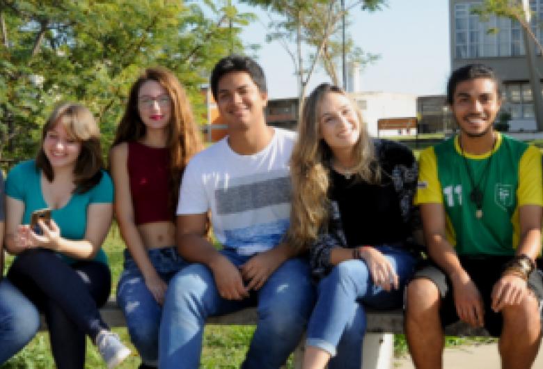 UFSCar divulga oportunidades de mobilidade internacional a estudantes