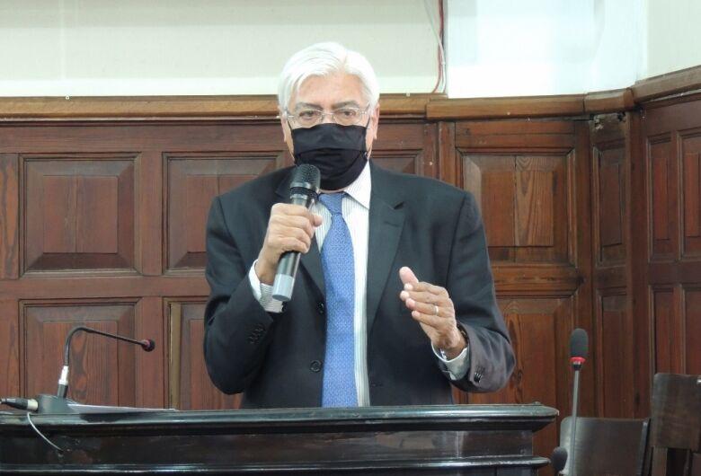 Azuaite faz apelo e pede mobilização contra projeto de Dória que confisca recursos de financiamento de pesquisas