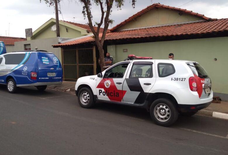 Homem é encontrado morto dentro de casa no Jardim Mariana em Ibaté