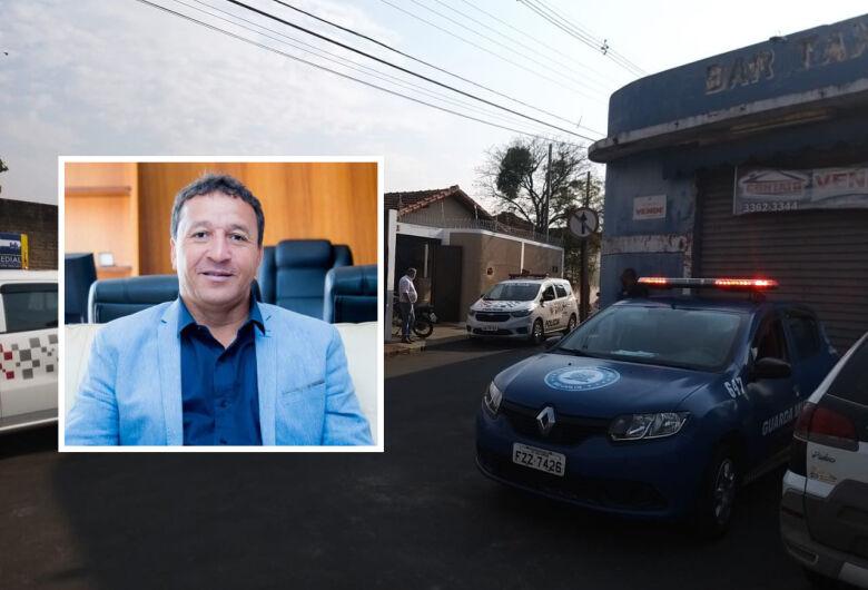 Edson Ferraz tem a casa invadida por assaltantes na Vila Costa do Sol