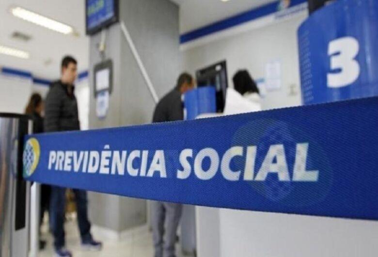 INSS começa a notificar por carta segurados que tiveram benefício revisado