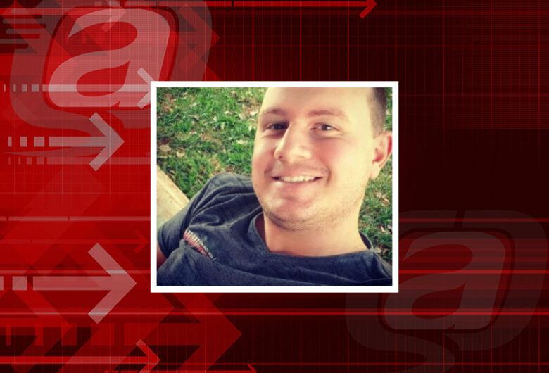 Jovem de 25 anos morre em acidente de moto