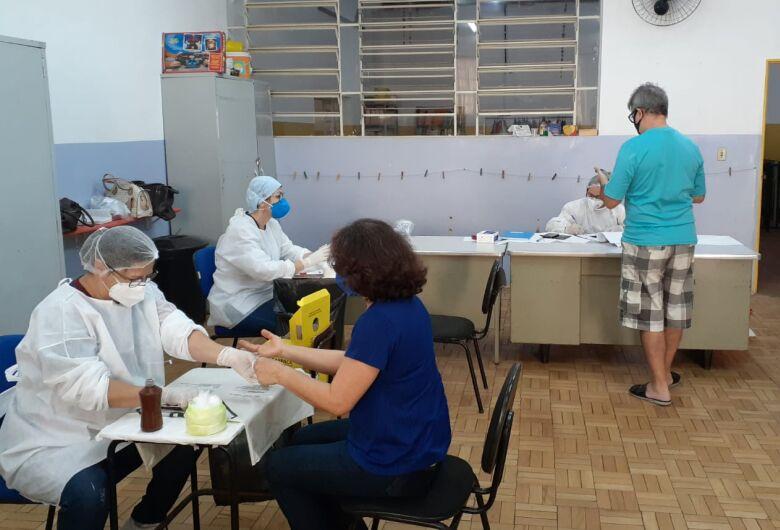 Professores e servidores da secretaria de educação são testados para COVID-19 em São Carlos