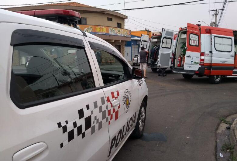Motorista avança pare e causa colisão no Maria Estela Fagá