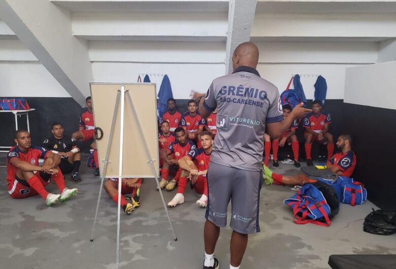 Grêmio perde para o Amparo, mas técnico aprova desempenho do time
