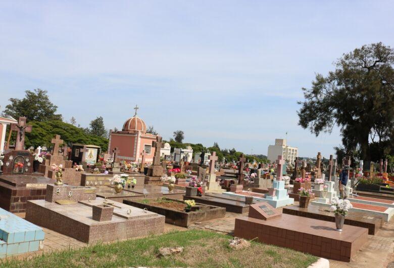 Prefeitura libera visitação em cemitérios no feriado de finados