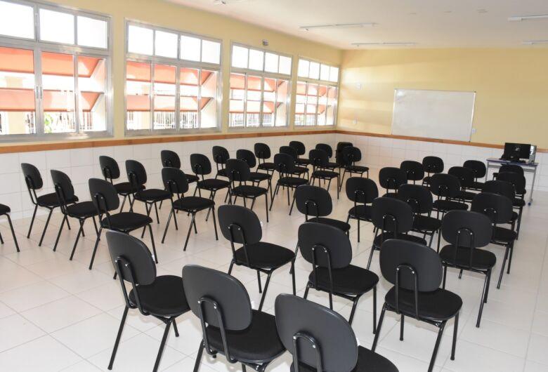 Aulas não presenciais continuam até 23 de dezembro na rede municipal de ensino