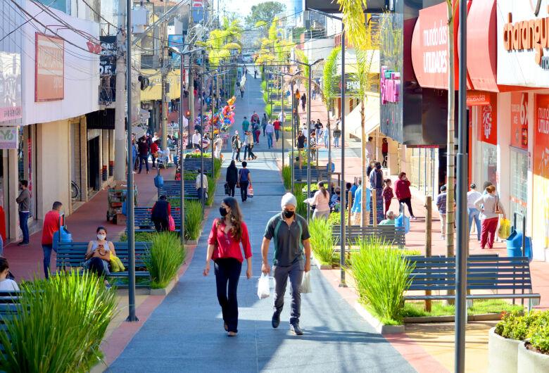São Carlos tem queda na inadimplência, segundo Acisc