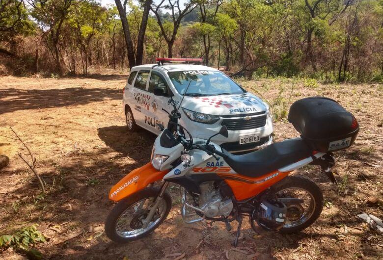 Moto do SAAE que foi roubada no Antenor Garcia é encontrada em mata
