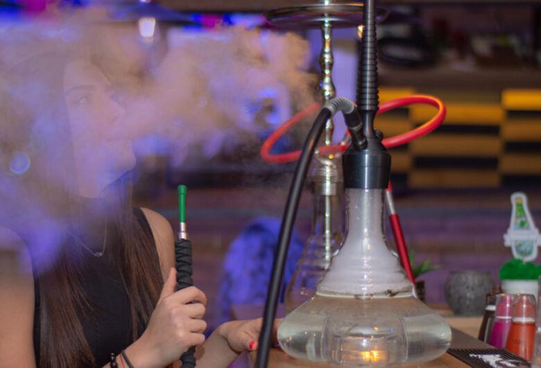 Narguilé é mais prejudicial que o cigarro tradicional, diz especialista