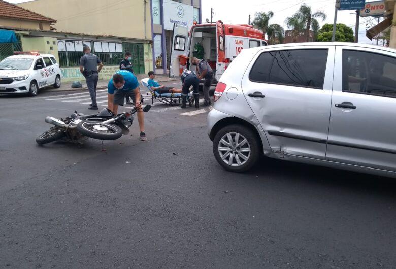 Motociclista fica ferido após colisão na Vila Prado