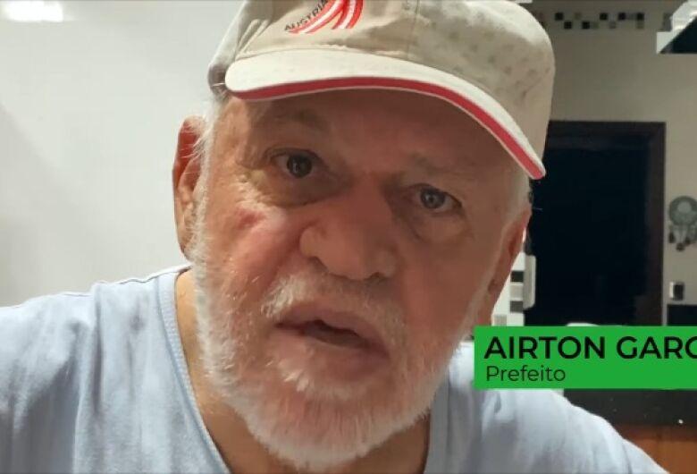 """Garcia diz que Prefeitura """"corre atrás para minimizar prejuízos"""" e que Deus abençoou São Carlos"""