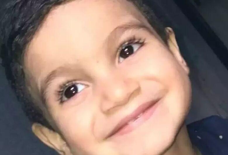 Menino de 4 anos desaparece no litoral paulista; buscas entram no terceiro dia