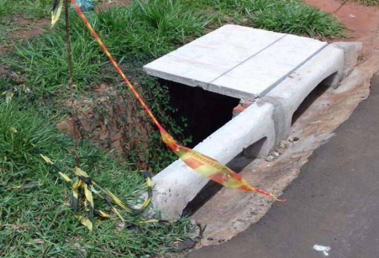 Idosa de 84 anos é encontrada morta dentro de bueiro