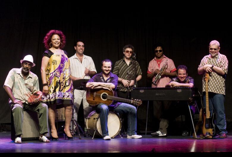 Música #EmCasaComSesc recebe shows de Majur, Francisco El Hombre e Clube do Balanço