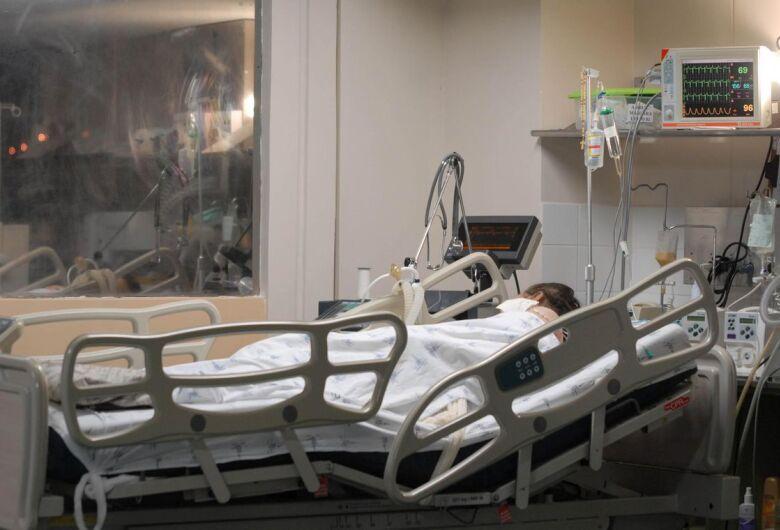 Internações por covid-19 em hospitais privados aumentam no estado de SP