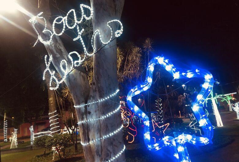 Natal de Ibaté tem luzes e presépios