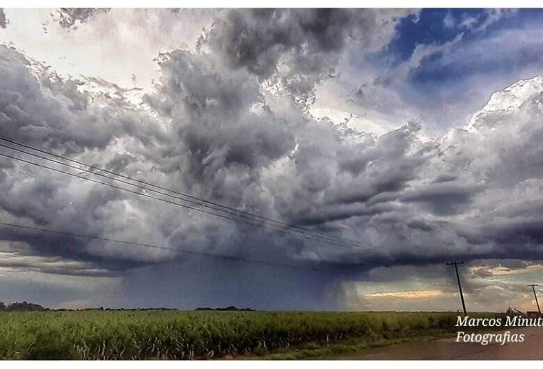 Chuva foi atípica, diz diretor da Defesa Civil sobre temporal de quinta-feira