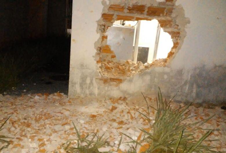 Agência do Santander é alvo de criminosos no Cidade Aracy