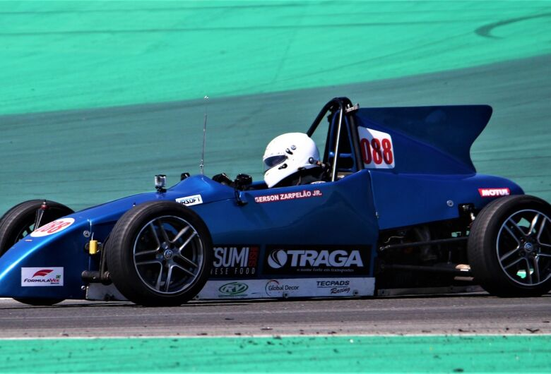 Piloto de São Carlos conquista o 3º lugar no Campeonato Paulista de FVee em Interlagos