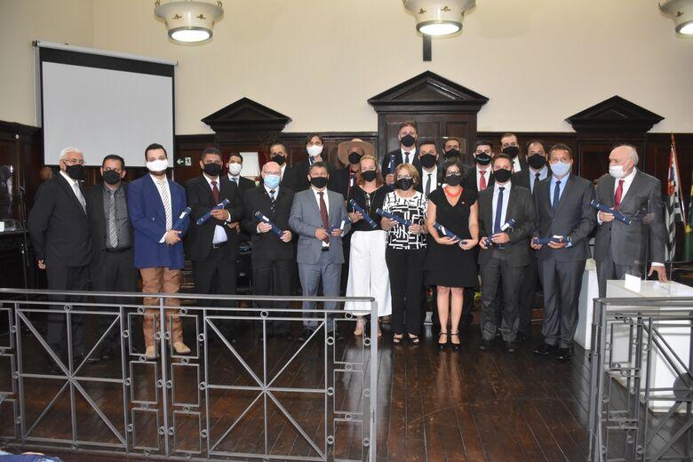 Eleitos durante a cerimônia de diplomação realizada no dia 17 de dezembro - Crédito: Miltinho Marchetti
