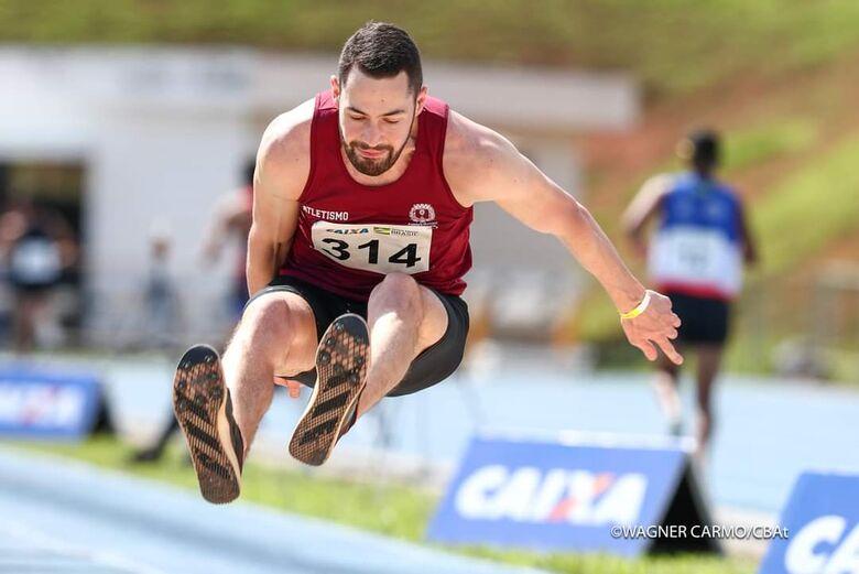 São-carlense encerra 2020 com o título brasileiro no salto triplo - Crédito: Wagner Carmo/CBAt