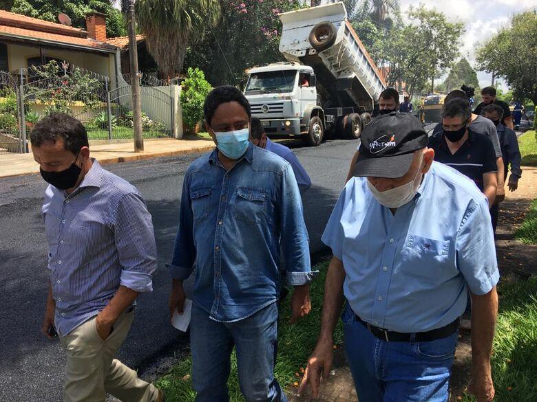 Na foto: Edson Ferraz, Orlando Silva e Airton Garcia - Crédito: divulgação