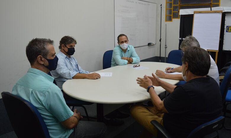 AEASC reúne-se com o novo secretário Municipal de Habitação - Crédito: Divulgação