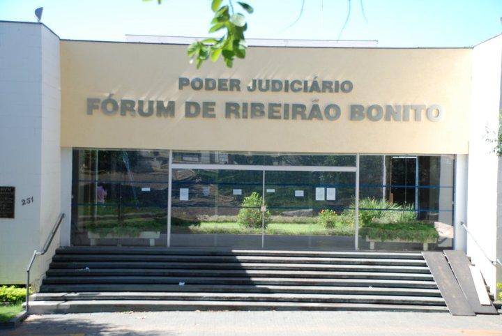 Fórum de Ribeirão Bonito - Crédito: Amarribo