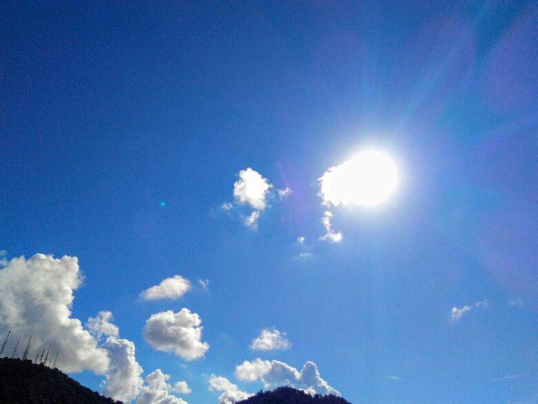 Tempo volta a ficar estável e temperaturas estarão em elevação ao longo da semana -