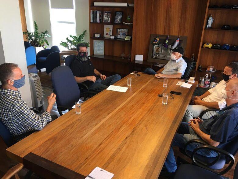 Airton Garcia e Edson Ferraz recebem diretores do CIESP São Carlos - Crédito: Divulgação
