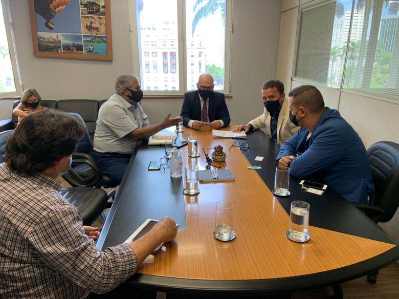 """No encontro também foi discutido a possibilidade da inclusão da cidade no programa """"Município de Interesse Turístico - Crédito: Divulgação"""