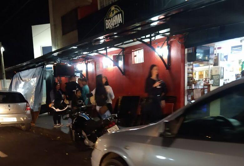 Bar localizado na avenida Comendador Alfredo Maffei foi interditado em dezembro - Crédito: divulgação
