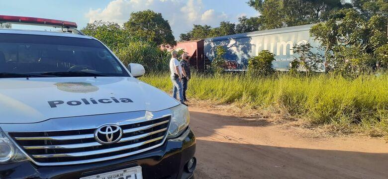 Policiais participam da reconstituição do crime nesta segunda-feira - Crédito: Colaborador SCA