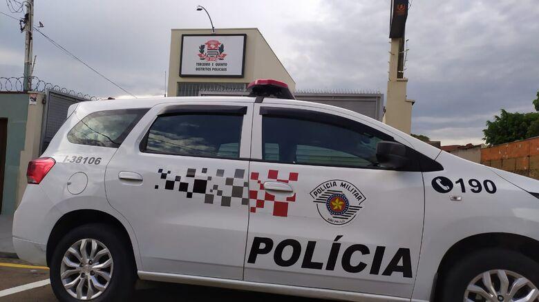 Quatro bicicletas e vários acessórios são furtados de oficina no Centro -