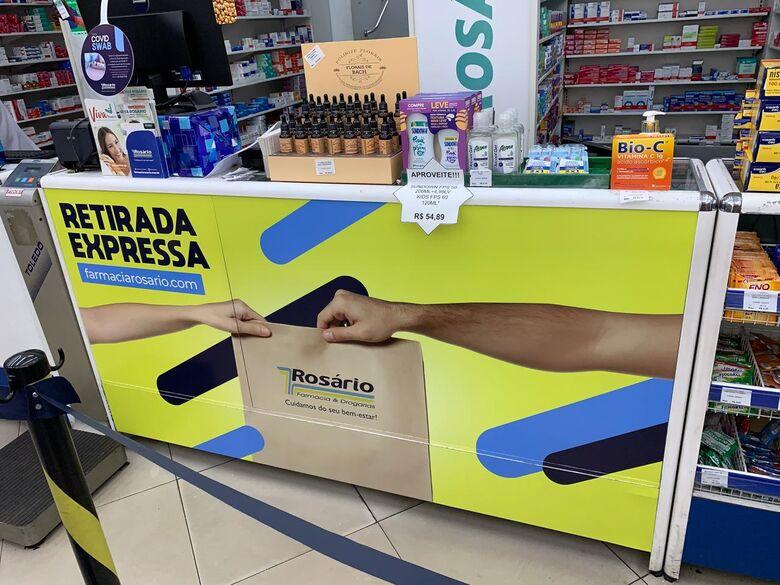 Retirada Expressa: serviço de retirada de pedidos rápido e sem filas da Farmácia Rosário -