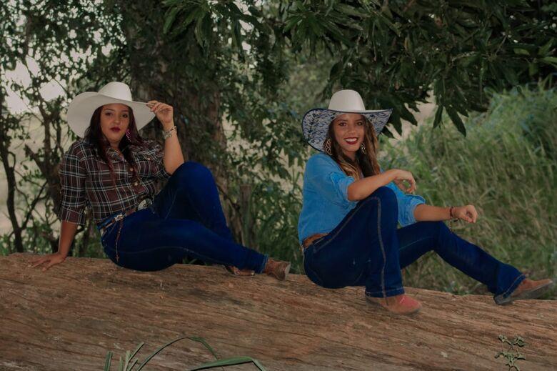 As irmãs sertanejas: talentos da terra, irão se apresentar no programa Eliana, no SBT - Crédito: Divulgação