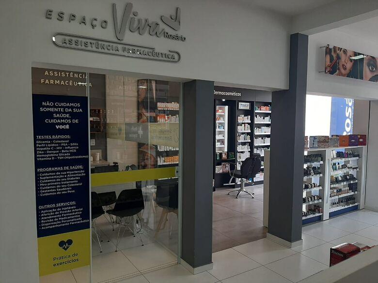 Farmácia Rosário amplia o mix de serviços com o novo Espaço Farmacêutico -