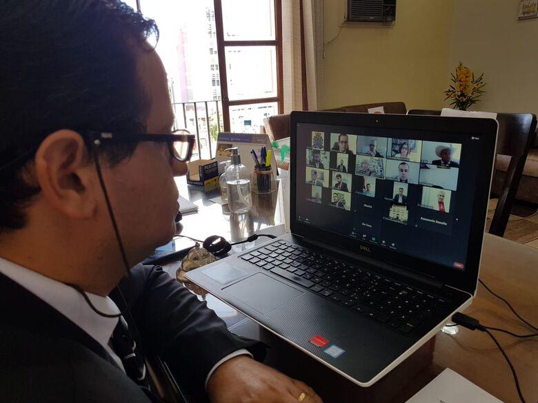 Em sessão virtual, vereadores voltam a debater com fervor o tratamento precoce - Crédito: Divulgação