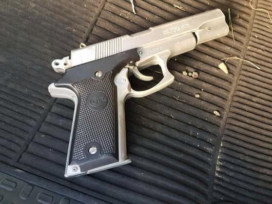 A arma falta foi apreendida pela hPM - Crédito: Maycon Maximino
