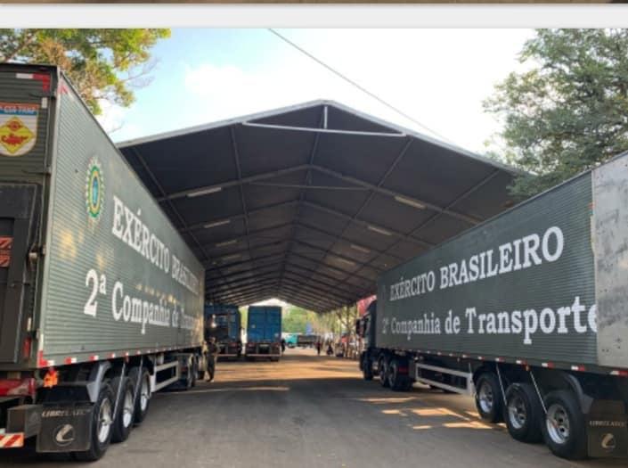 Araraquarenses fazem fila para receber 200 toneladas de alimentos doados pelo Ceagesp - Crédito: reprodução