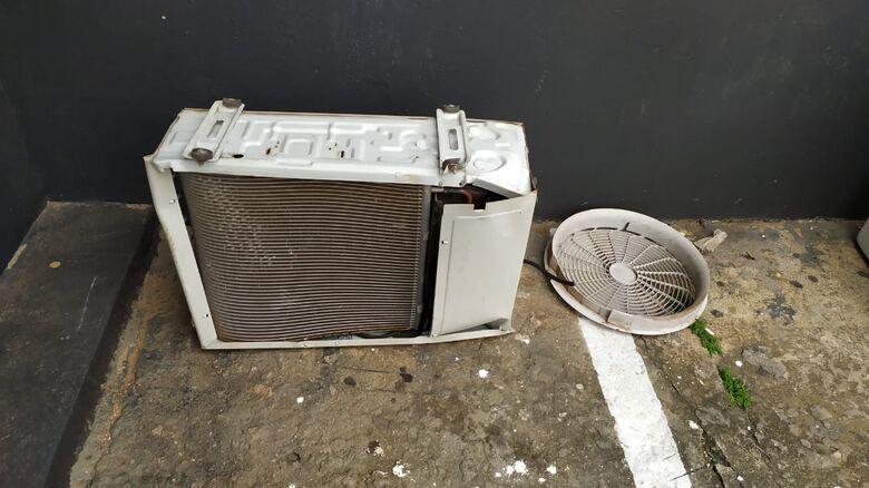 Evaporadora de ar-condicionado foi recuperada - Crédito: Maycon Maximino