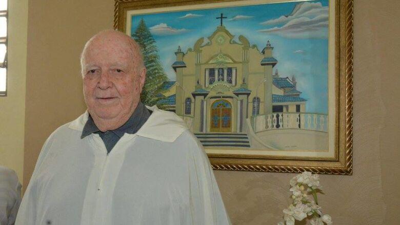 Estado de saúde de Padre Tombolato é estável, diz Diocese - Crédito: divulgação