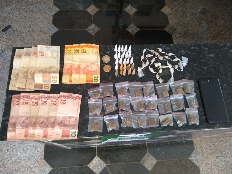 Trio é detido por tráfico de drogas em Ibaté -