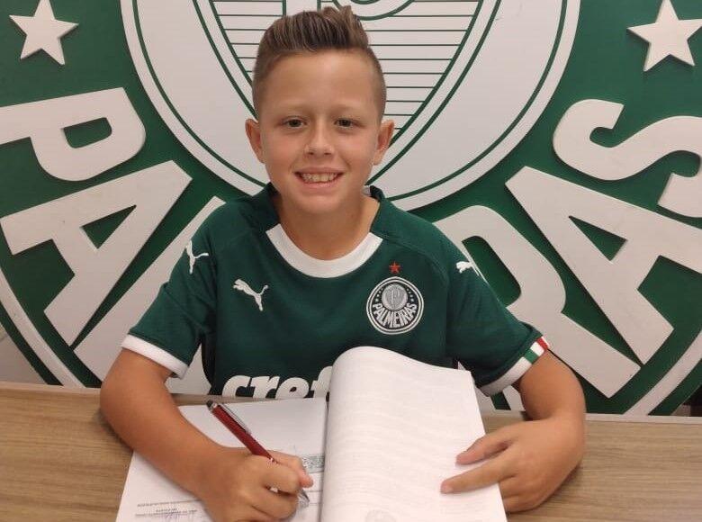 Amilton Jr. tem contrato com o Palmeiras até dezembro de 2021 e agora contrato de exclusividade com a Nike - Crédito: Divulgação