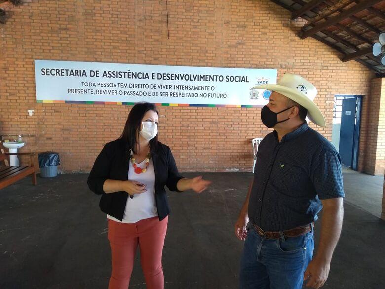 Bira foi recebido pela Secretária de Assistência e Desenvolvimento Social de Leme, Josiane Cristina Francisco Pietro - Crédito: Divulgação