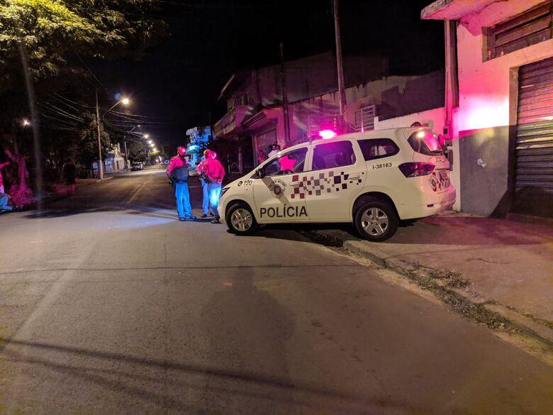 Mulher é morta com várias facadas no Jockey Clube; veja fotos - Crédito: Maycon Maximino