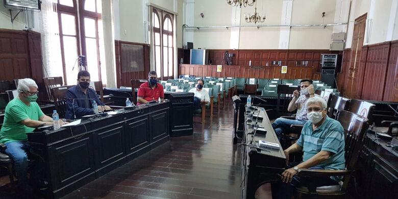 Vereadores da CPI da Saúde da Câmara Municipal de São Carlos - Crédito: Divulgação