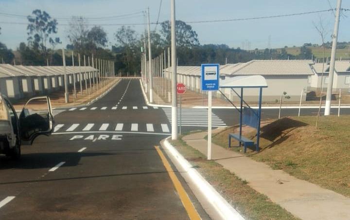 Ponto de Ônibus instalado no Vida Nova São Carlos - Crédito: divulgação